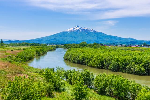 大地が育む「あおもり米」:水の恵み。広大な穀倉地帯を潤す 岩木川